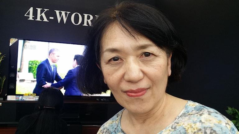 Hemmafrun Sasakis mor- och farföräldrar dog i atombombningen. Hon var glad efter att ha hört Obamas tal i Hiroshima. Fred och framtid är viktigare än en ursäkt från USA, anser hon.