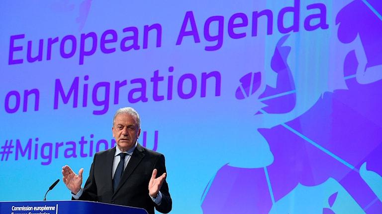 EU:s flyktingkommissionär Dimitris Avramopoulos.