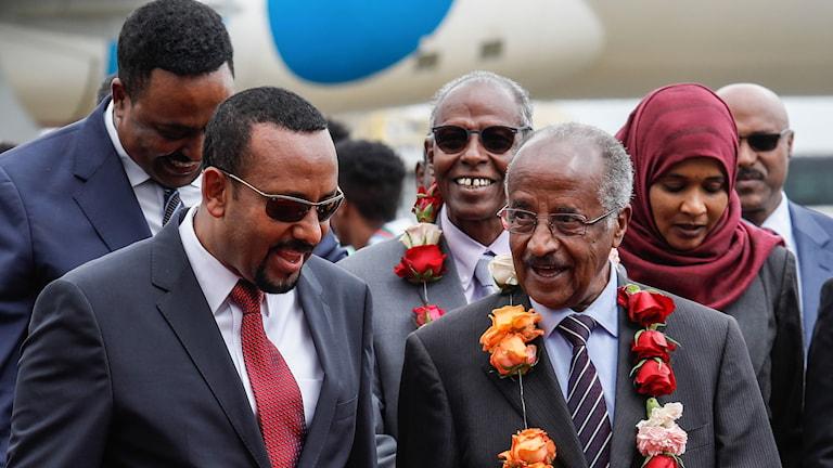 Etiopiens premiärminister Abiy Ahmed möter Eritreas utrikesminister Osman Saleh Mohammed.