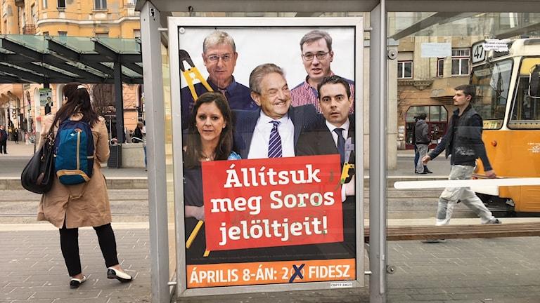 Valaffischer inför Ungernvalet.