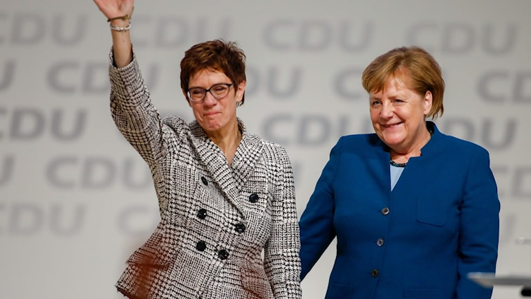 Annegret Kramp-Karrenbauer och Angela Merkel