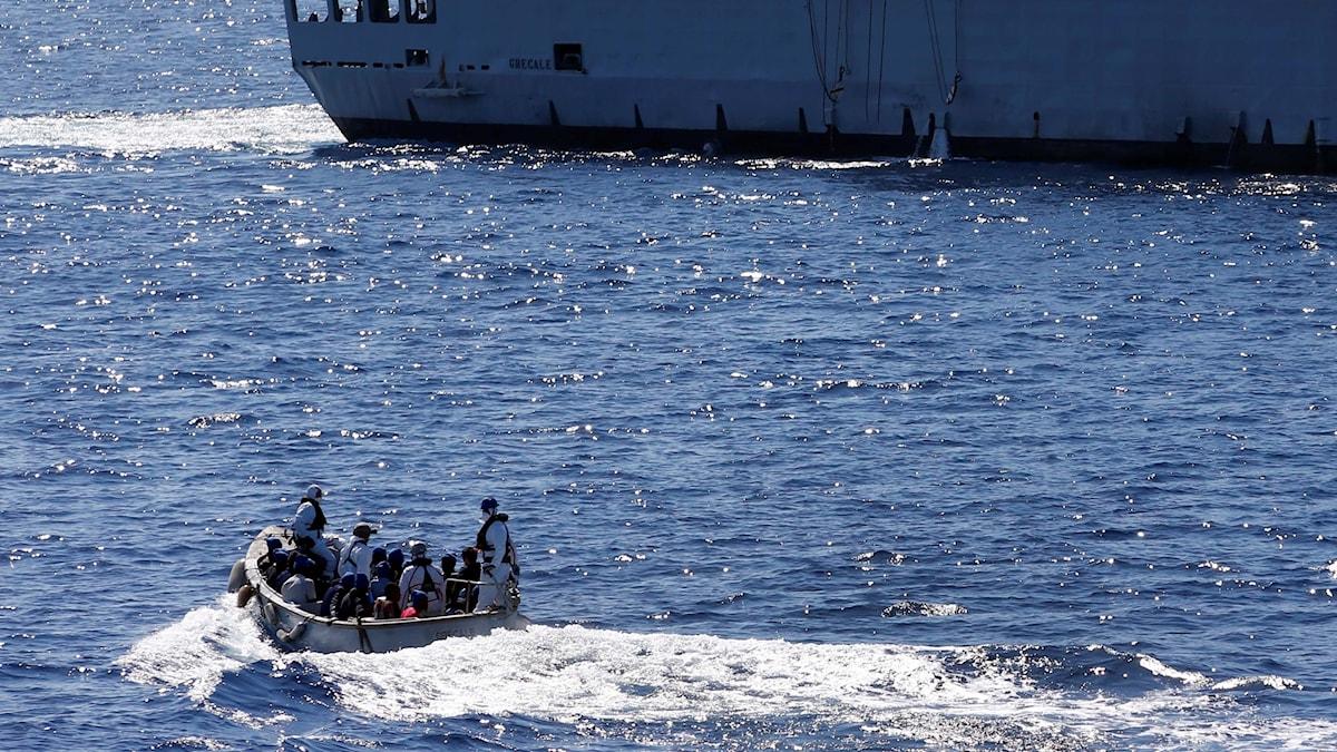 Räddningsfartyg på Medelhavet.