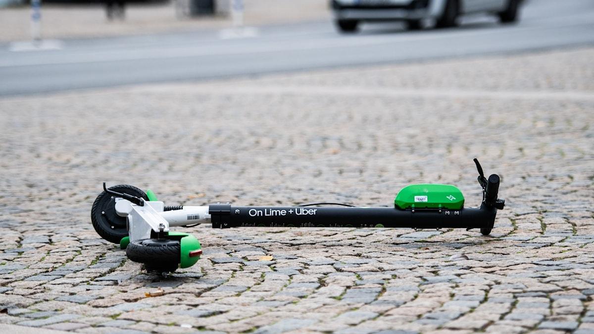 elsparkcykel på gata