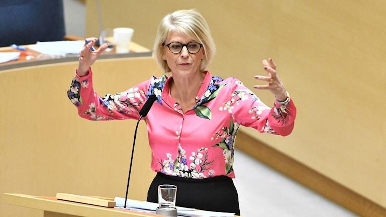 Moderaternas ekonomiske talesperson Elisabeth Svantesson (M) under budegetdebatten i riksdagen.