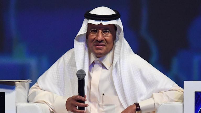Saudiarabiens energiminister prins Abdulaziz bin Salman talar vid öppningsceremonin vid en energikonferens i Förenade Arabemiratens huvudstad Abu Dhabi den 9 september 2019.