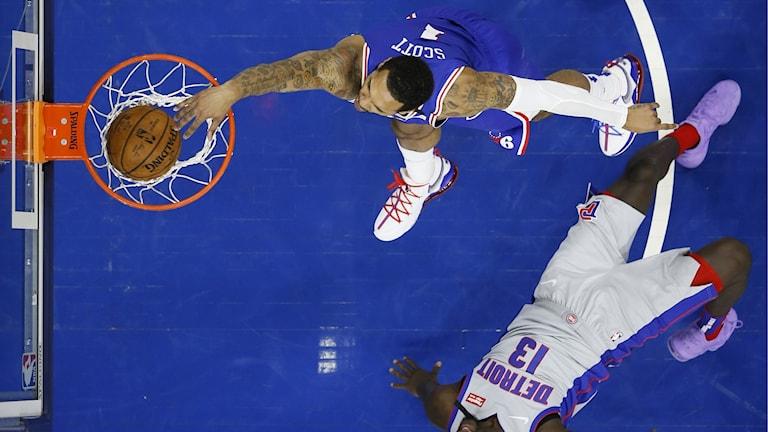 Pistons 76ers