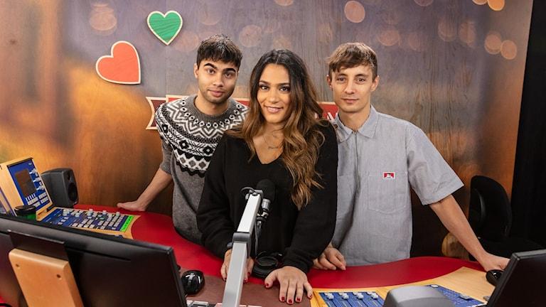 William Spetz, Farah Abadi och Daniel Adams-Ray är programledare för Musikhjälpen 2018 P3 Sveriges Radio.