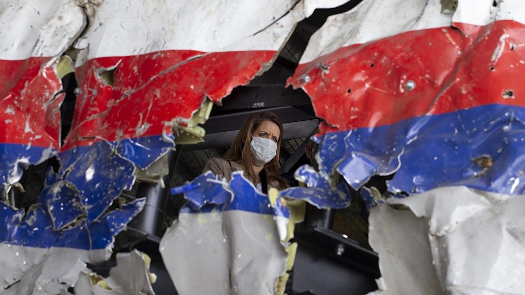 I Haag i Nederländerna har en domstol för första gången lagt fram bevis för vilka som bär ansvar för nedskjutningen av malaysiska passagerarplanet MH17.