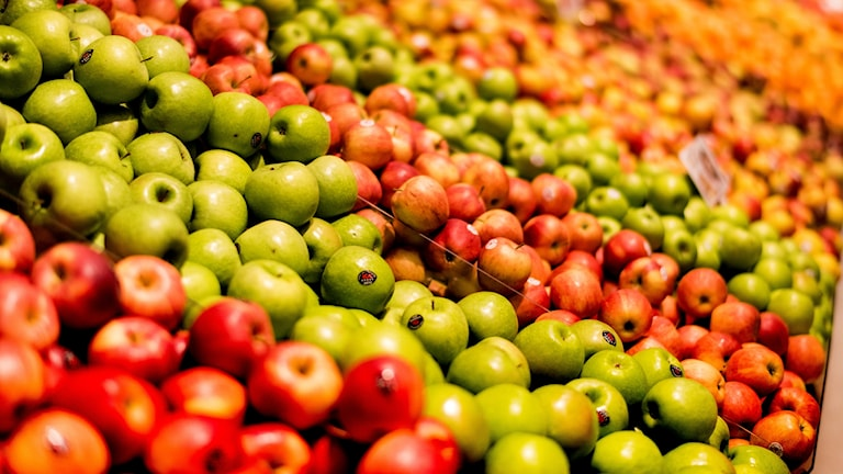 Äpplen i fruktdisk. Foto: Henrik Holmberg/TT