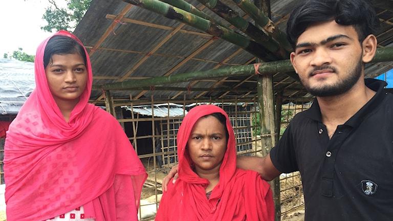 Belal 20 år med mamma och syster räknar med att flytta tillbaka till Burma