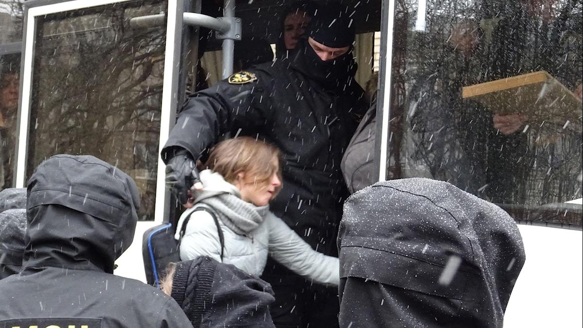 Gripna människorrättsaktivister från Vjasna i Vitryssland.