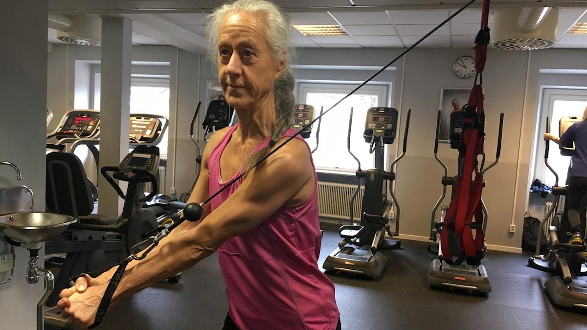 Lena Sundén går till gymet varje dag och gillar att hålla sig i form.