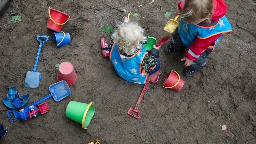 Barn som leker.
