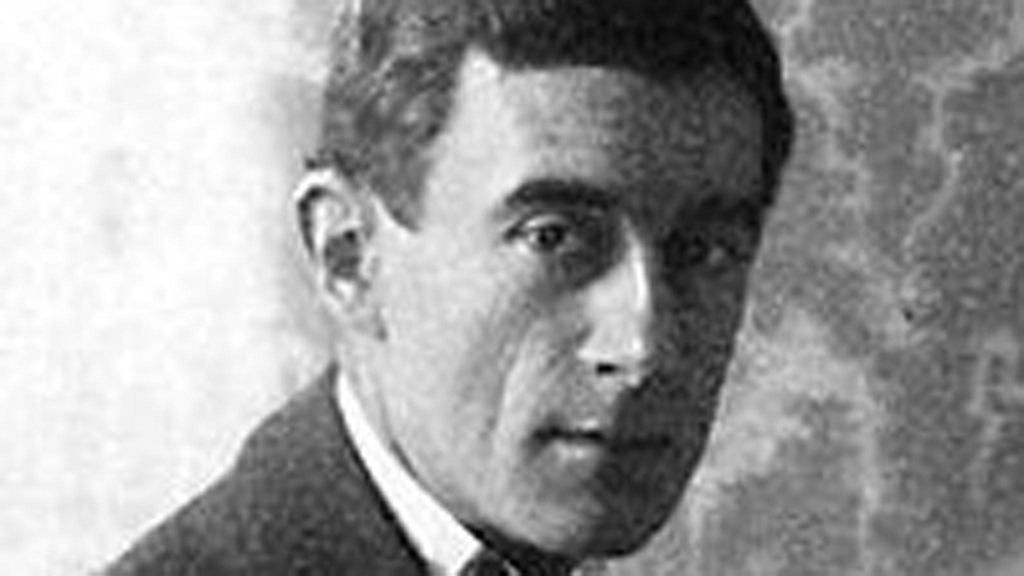 Maurice Ravel på ett foto från 1912.