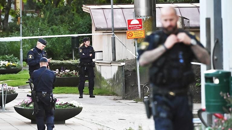 Efter Skjutningen I Malmo Boende Ar Oroliga Nyheter Ekot Sveriges Radio