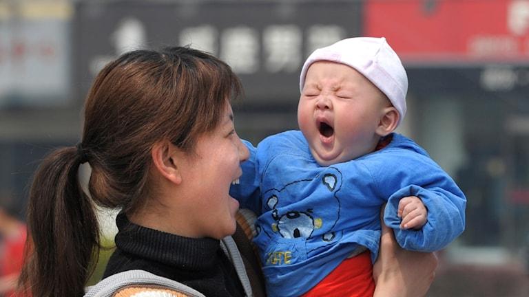 Antalet nyfödda kinesiska barn minskar