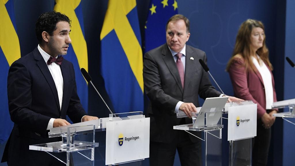 Socialförsäkringsminister Ardalan Shekarabi, statsminister Stefan Löfven, LO:s ordförande Susanna Gideonsson