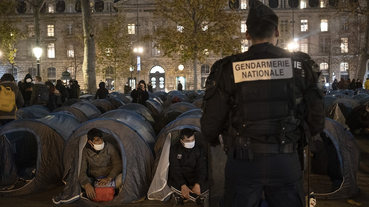 Fransk polis kritiseras efter våldsamt ingripande mot demonstranter