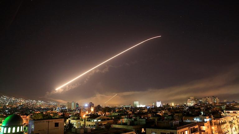 Bilder från den USA-ledda attacken mot Syrien natten mot lördagen den 14 april 2018.