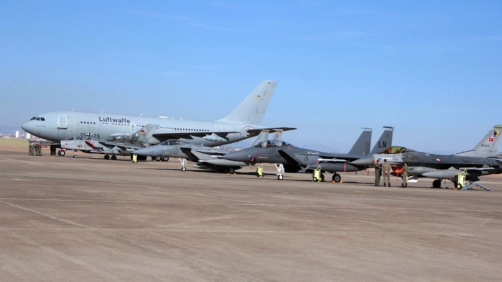 Från den turkiska basen i Incirlik opererar stridsflyg mot IS