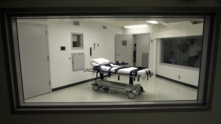 Avrättning, dödsdom