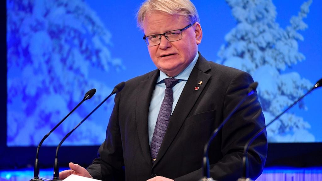 SÄLEN 20190113 Försvarsminister Peter Hultqvist (S) talar under Folk och Försvars Rikskonferens på Högfjällshotellet i Sälen.