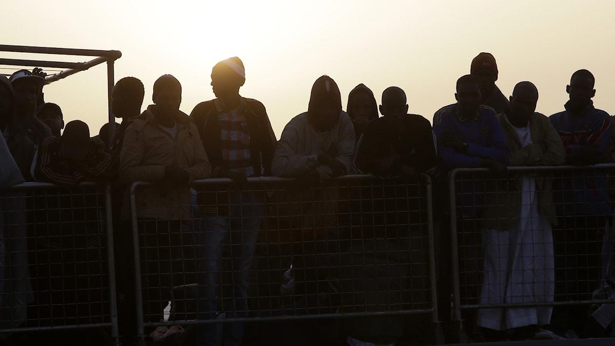 Migranter på väg från Libyen till Sicilien. Arkivbild.