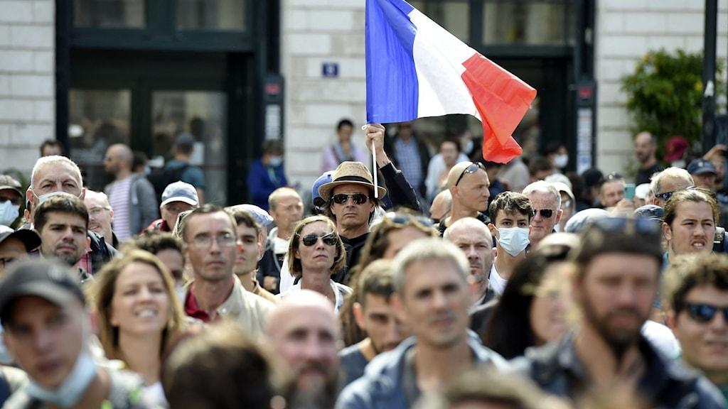 Demonstrationer mot covidpass i Frankrike