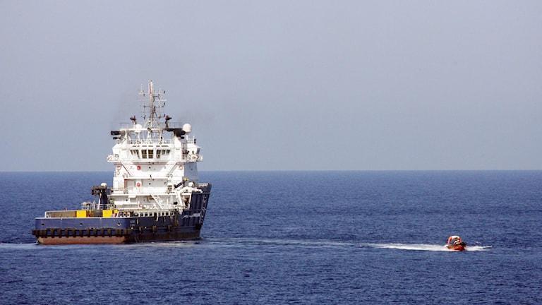 Ett svenskt kustbevakningsfartyg på medelhavet.