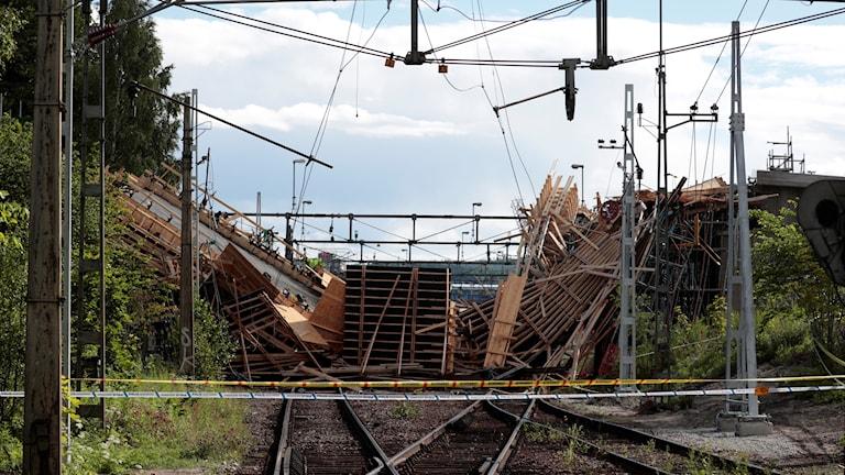 Bild från olycksplatsen i Ludvika.