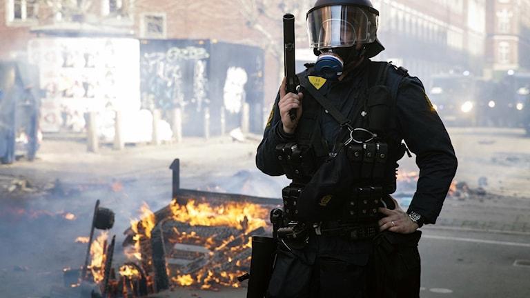 Polis i samband med de våldsamma protesterna i Köpenhamn.