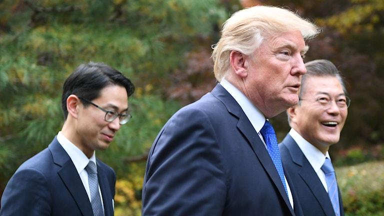 Donald Trump på plats i Sydkorea.