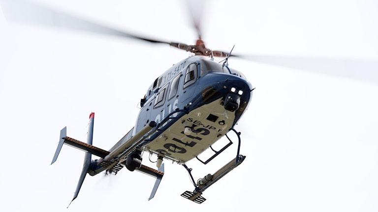 Polisens helikopter av typen Bell 429.
