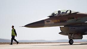 Ett israeliskt stridsflyg F-16. Foto:Ariel Schalit/TT.