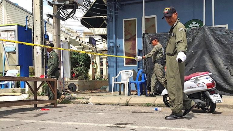 Mycket pekar mot att dådet utfördes av separatistgrupper från södra Thailand.