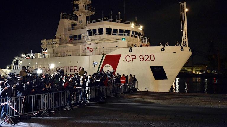 Arkivfoto på kustbevakningsfartyget Gregoretti