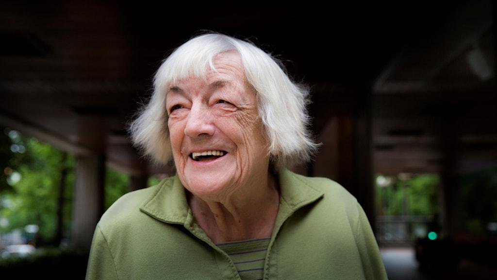 Margit Sandemo, norsk-svensk författare som blivit känd för sin bästsäljande romanserie Sagan om Isfolket.