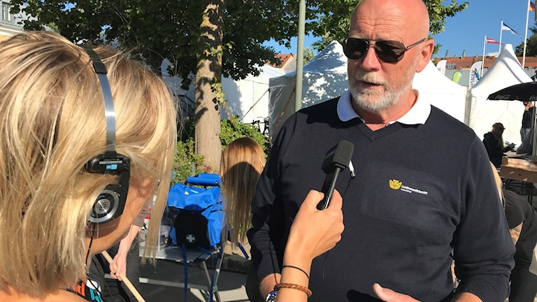 Jan Alsander, generalsekreterare Civilförsvarsförbundet intervjuas av Erika Norberg.