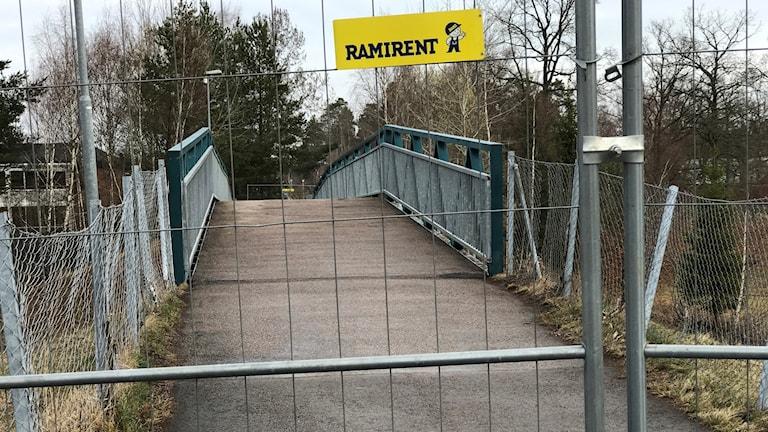 Gångbron vid Nils Holgerssons väg