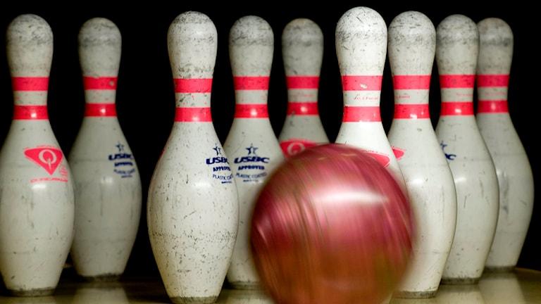 Bowlingklot och käglor. Foto: Anders Wiklund/Scanpix