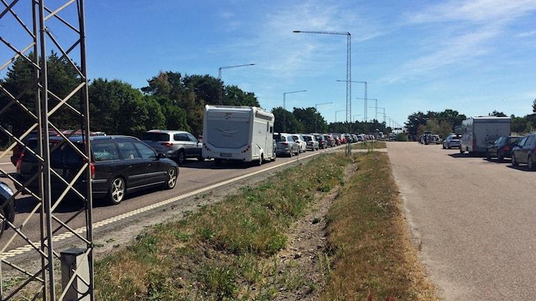 Köer på Ölandsbron efter olycka i riktning mot Öland.