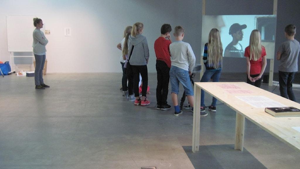 Elever på besök på Kalmar Konstmuseum
