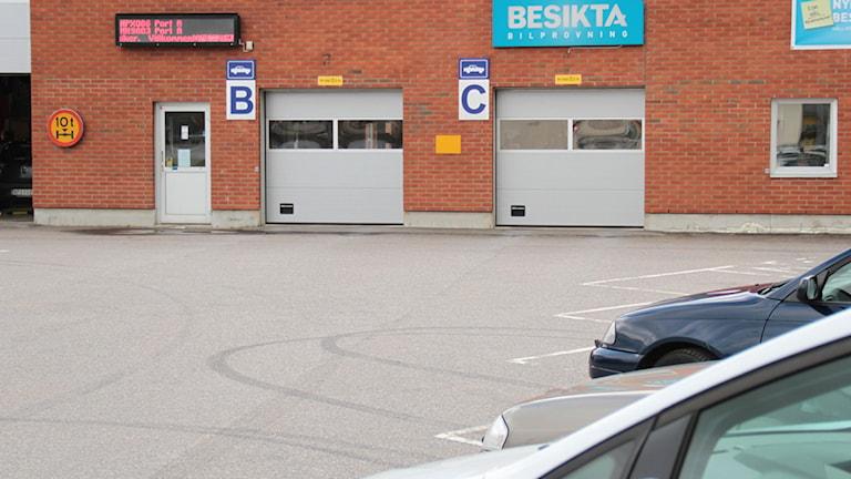Jedes sechste Auto mit Mängeln - Radio Schweden