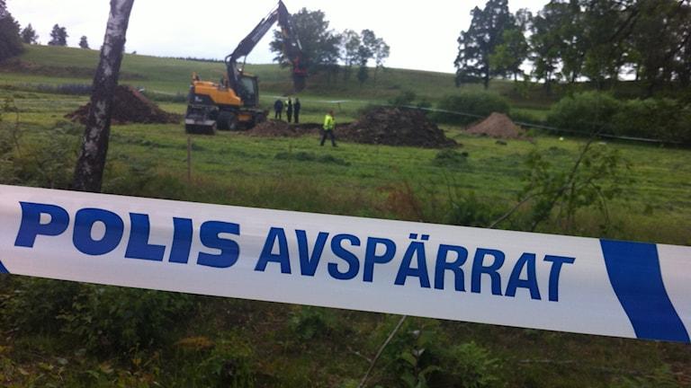 Polisen avspärrning söker efter 63-åringen i Kalmar. Foto: Nick Näslund/Sveriges Radio