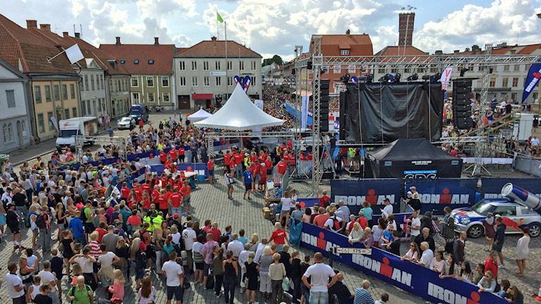 Ironman 2014, och fullt med folk på Stortorget.
