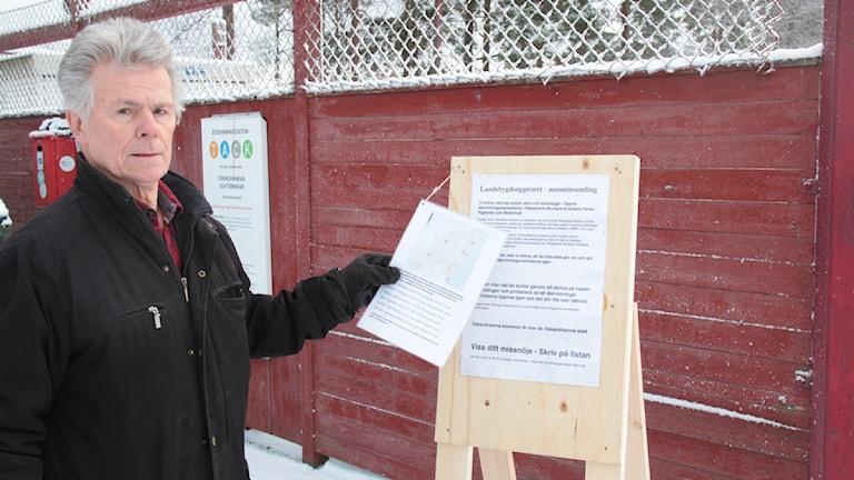 Sven Ström tycker att KSRR försämrat villkoren för de som bor på landsbygden utanför Oskarshamns. Foto: Leif Johansson