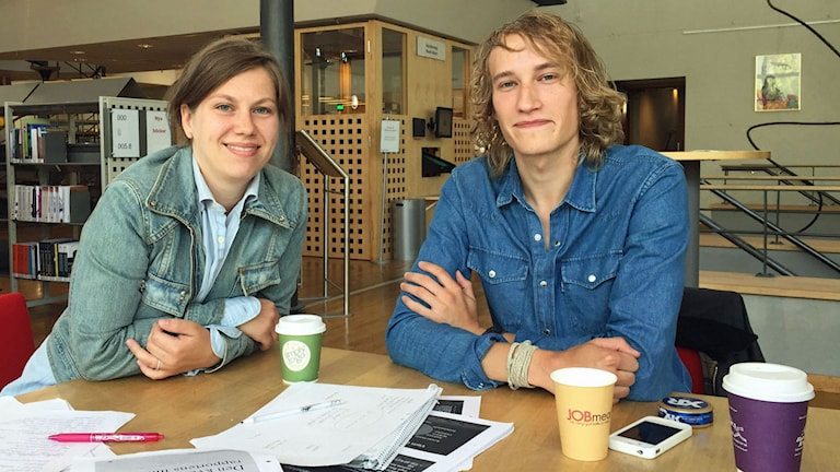 Kalmarstudenterna Caroline Wickström och Nils Strömberg.