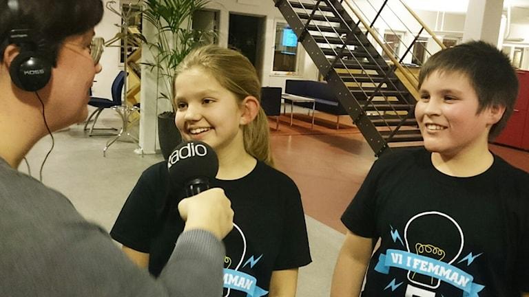 Mollie Landtreter, Angelo San Pedro Svantesson. Foto: Nick Näslund/Sveriges Radio