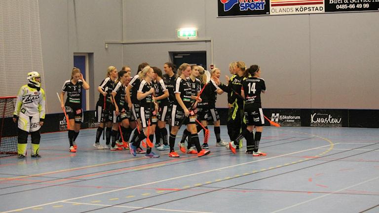 I och med vinsten mot Pixbo gick Kalmarsund upp på kvalplats. Foto: Viola Lindberg/Sveriges radio.