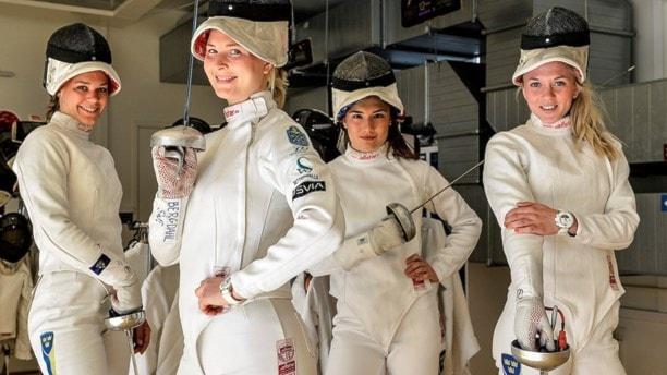 Från vänster: Kinka Barvestad, Johanna Bergdahl, Emma Wenne och Sanne Gars. Foto: ANDERS WIKLUND / TT